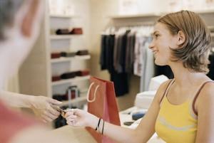 Если вы оплачивали покупку кредитной картой, обязательно укажите это в претензии