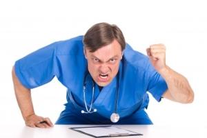 Основные причины жалоб на врачей