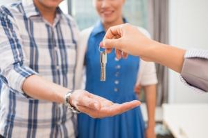 Как снять квартиру у собственника
