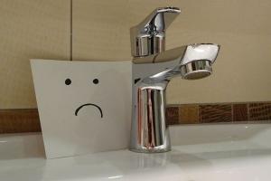 В доме отключили воду без предупреждения