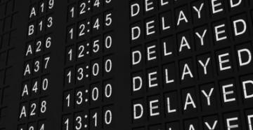 Что положено пассажирам при задержке рейса самолета?