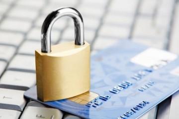 Имеют ли право приставы арестовать зарплатную карту?