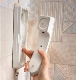 Как быть, если не работает трубка домофона в квартире?